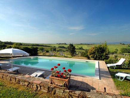 Louez une villa avec piscine priv e en toscane lippo ts01 for Location toscane piscine