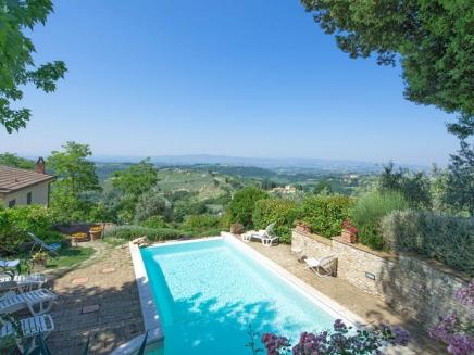 Italie toscane appartement avec piscine louer for Location toscane piscine