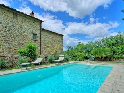 Villa louer en toscane italie avec piscine priv e for Location toscane piscine