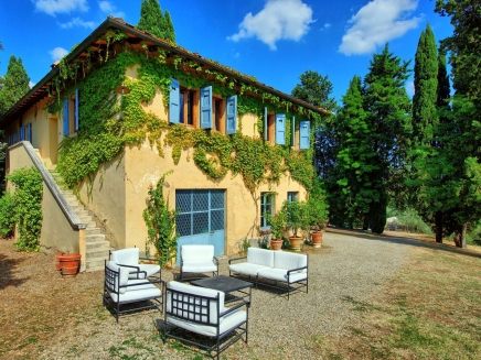 Maison avec piscine en location en toscane sienne for Location maison piscine italie